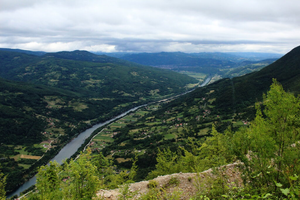 Drina river between Serbia and Bosnia | Off the beaten path in Serbia