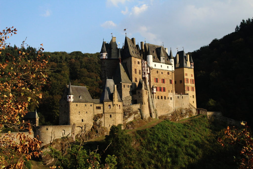 Burg Eltz | Beautiful Places Near Frankfurt