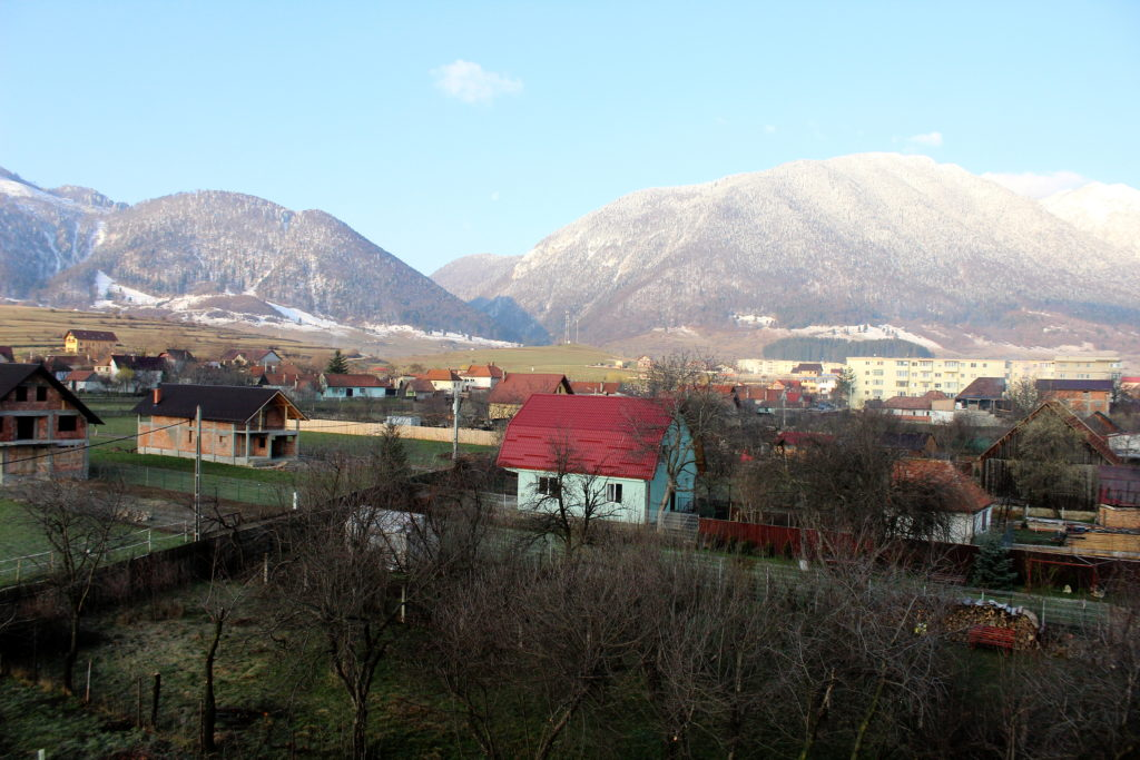 Hiking in Transylvania | The view from Pensiunea Mosorel