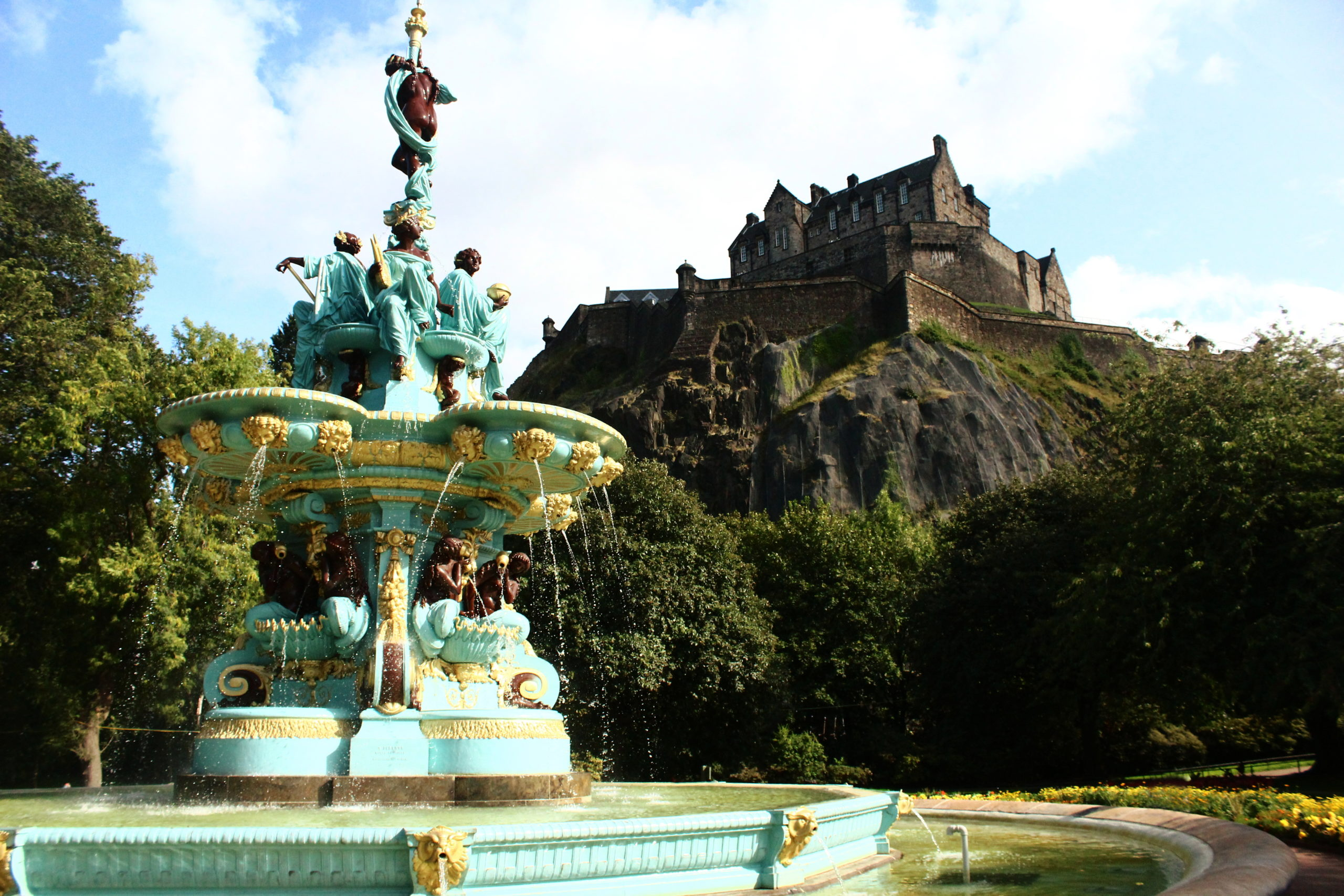 Reasons to visit Edinburgh