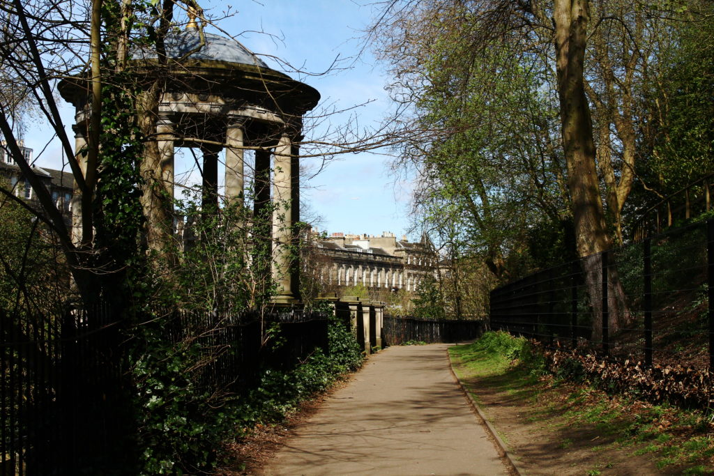 Hiking in Edinburgh | Water of Leith Walkway | Best Hikes in Edinburgh