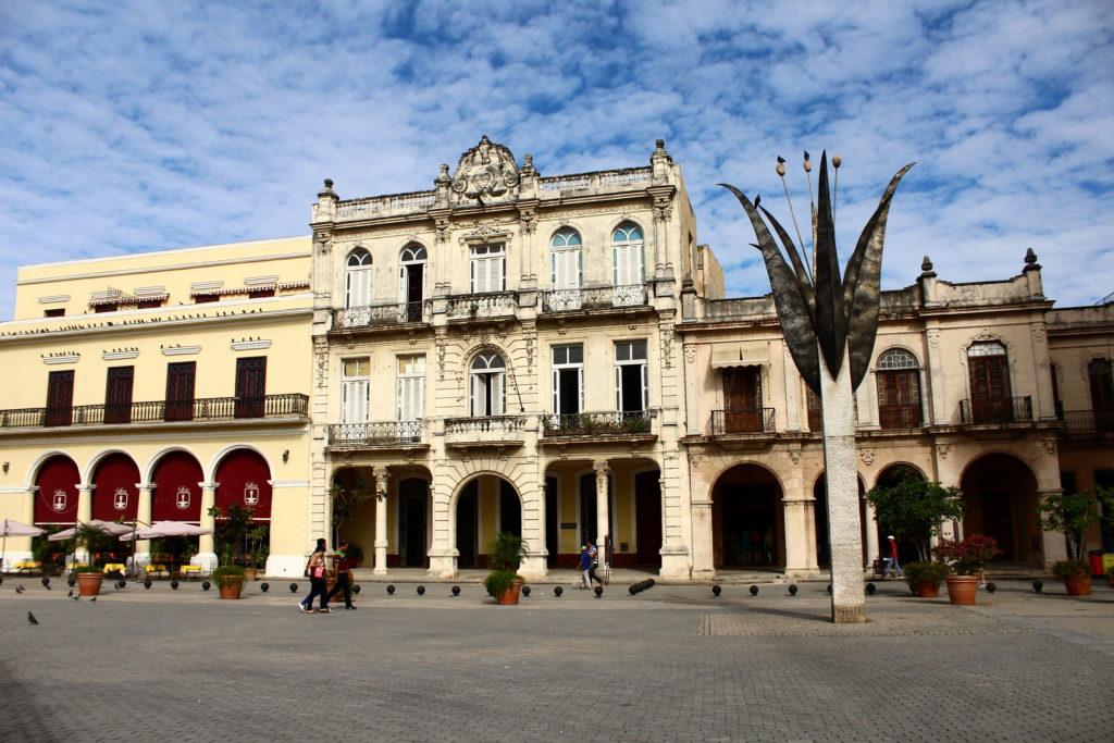 Honeymoon in Havana   Getting married in Cuba