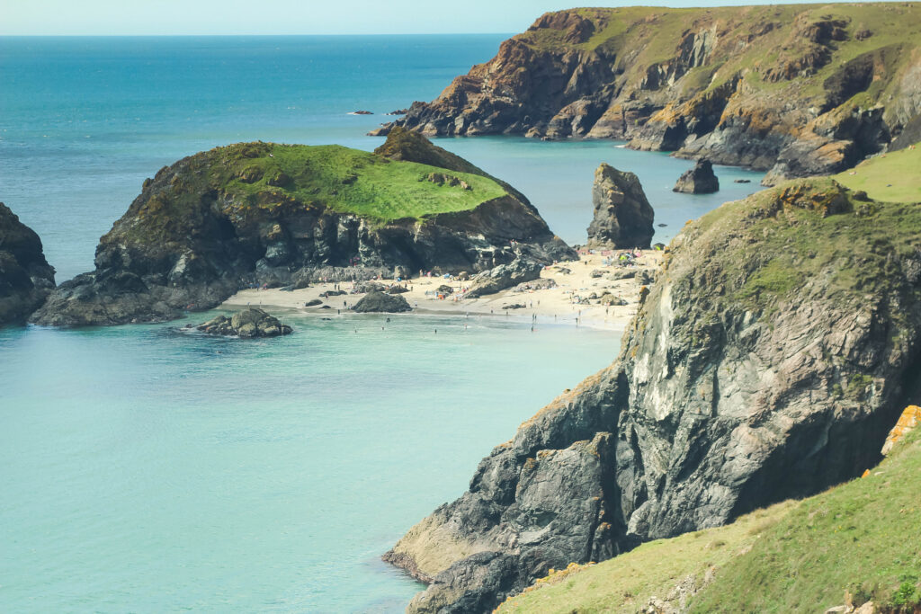 Hiking in Cornwall | Best UK staycation ideas
